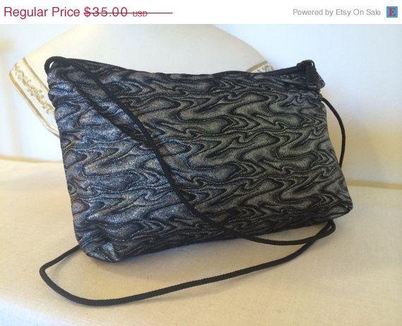 27 best Vintage Handbags images on Pinterest   Classic handbags ... ace24df710