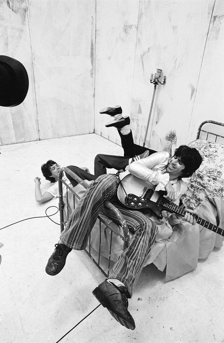 Rolling Stones Mick Jagger, Keith Richards and Ronnie Wood (hidden) on a video shoot in New York in 1978