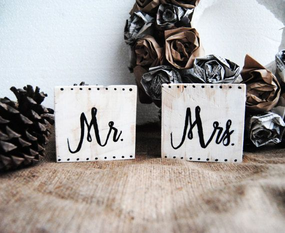 Rustic Wedding Signs, Mr and Mrs sign, Mr & Mrs Sweetheart Table, Wooden Wedding Sign, Photo Prop Sign, Bridal Gift Sign, Wedding Chair Sign