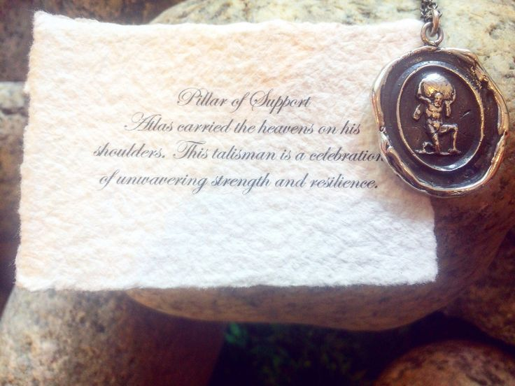Give the gift of a Pyrrha Talisman to your father on Sunday!