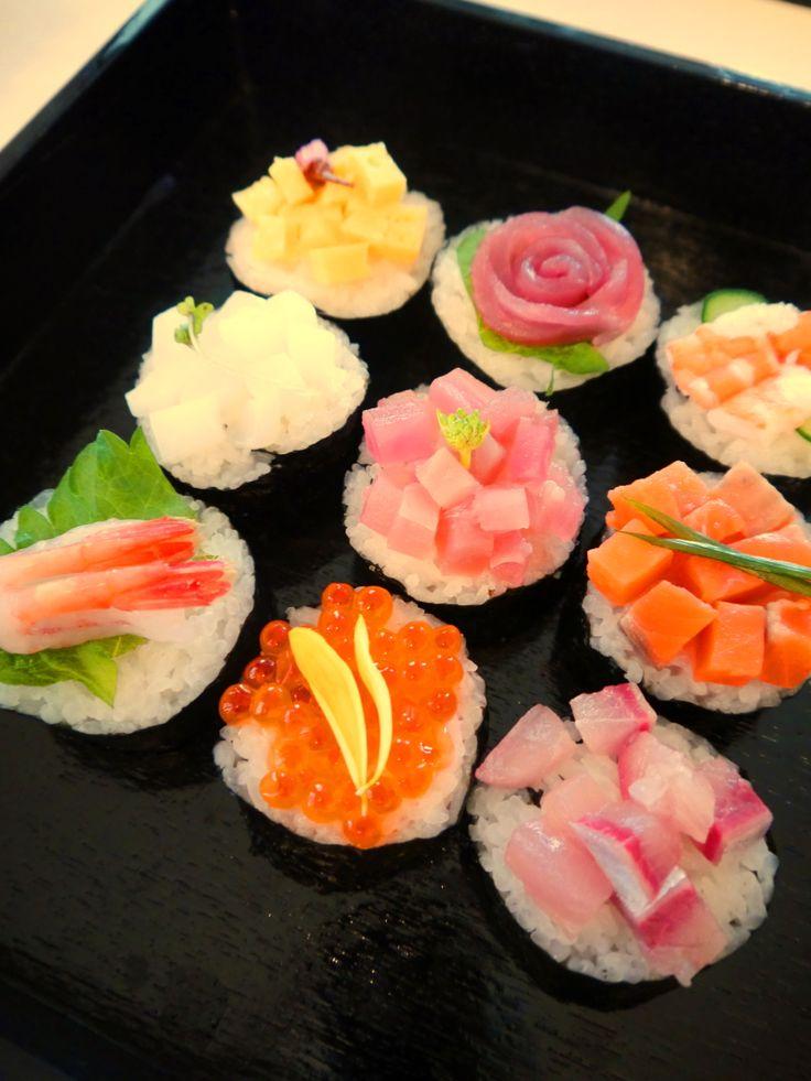 ひな祭り 太巻き寿司 テーブルコーディネート