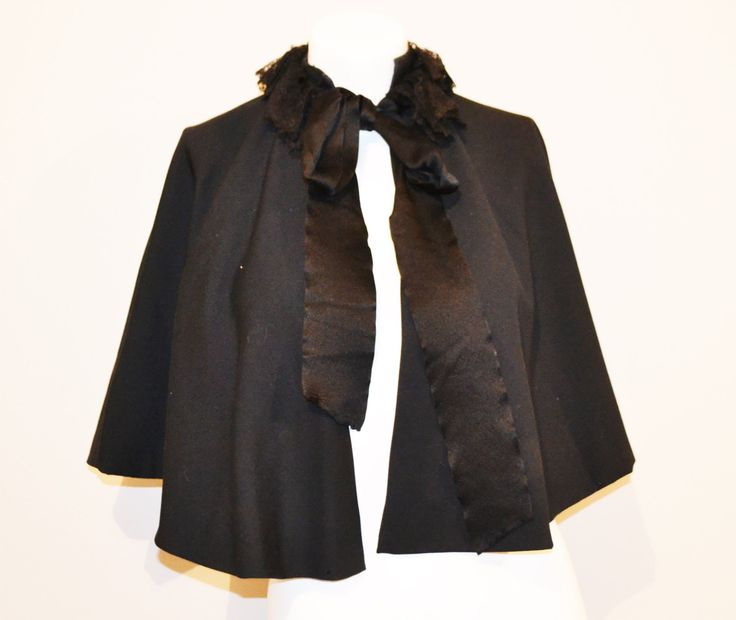 SALE....1940's Black Wrap / Cape with Lace Collar by CheekyVintageCloset on Etsy