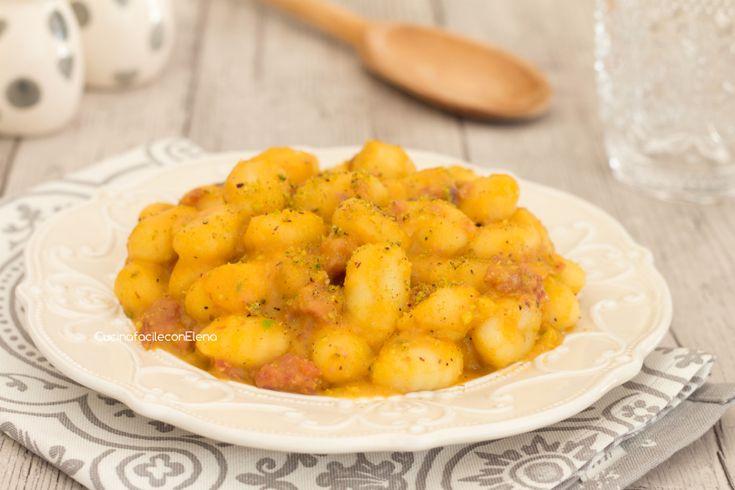 Gnocchi+con+crema+di+zucca+pistacchi+e+speck