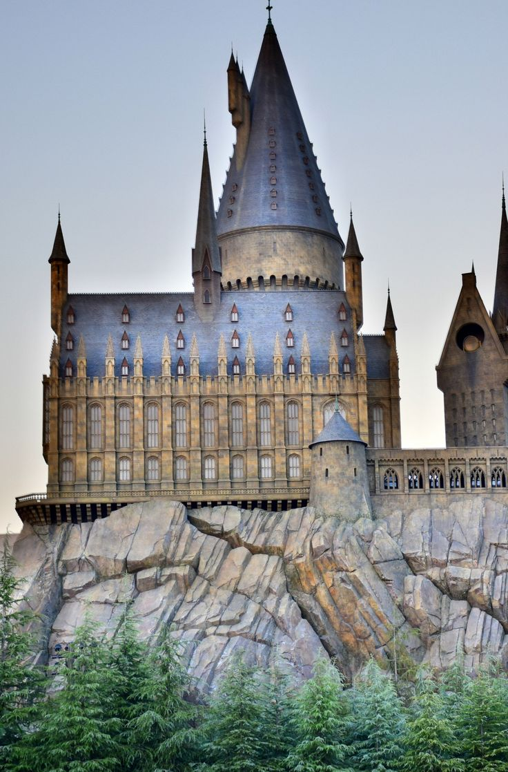 If you're a 'big kid' (or have some of your very own), Universal Studios Japan is a stop in Kansai you shouldn't miss. Click pin through to post for more info! #Japan