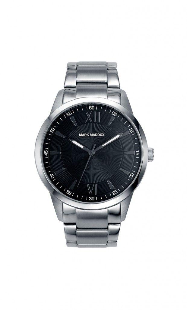 Un modelo que inspira glamour. Reloj tres agujas brazalete con cierre desplegable y esfera negra. Cristal mineral. Impermeable 30m (3ATM).