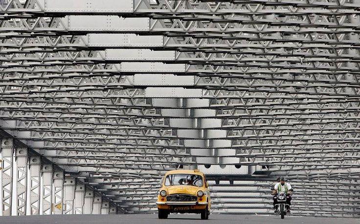 1475796_10152048197044222_3163894_n Suprabhat Kolkata — at Howrah Bridge