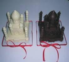 White and Milk Chocolate Taj Mahal!
