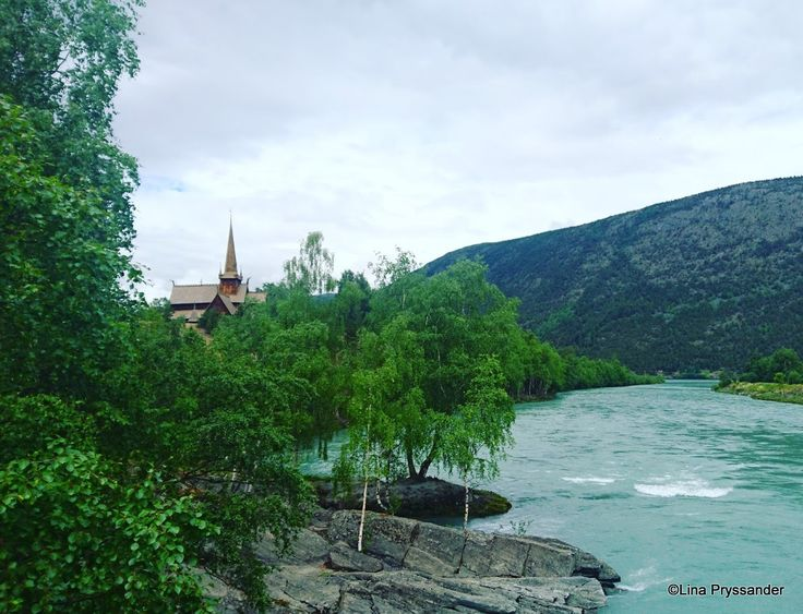 Lom stavkyrka, Norge