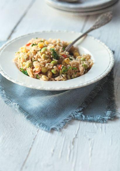 Riz « frit » aux légumes, sans lactose, sans gluten, végétarien, pour les étudiants, menu santé