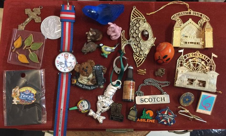 Vintage Junk Drawer A Lot Obama Watch Wade Figurine Lapel Pins | Collectibles, Wholesale Lots, Other Collectible Lots | eBay!
