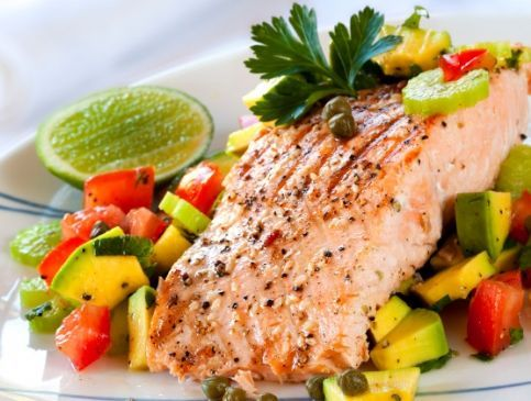 Salmon with Summer Tomato Salsa Recipe - in case I'm ever feeling particularly brave.: Weight Loss, Summer Recipe, Healthy Weights, Lose Weights, Healthy Recipe, Weightloss, Tomatoes Salsa Recipe, Salmon Recipe, Weights Loss