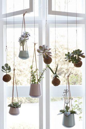 Hübsch Interior - Potter med lædersnore i keramik | House Doctor - Klik for mere information
