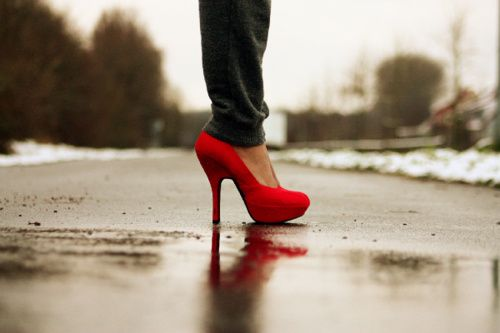 Gorg: Fashion, Style, Clothes, Red Shoes, Red Heels, High Heels, Red Pumps, Shoes Shoes