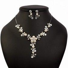 SET bijuterii mireasa Safiria colier si cercei placate cu Aur alb 10k perle si cristale