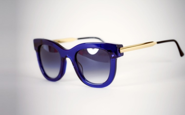 The sheer, cobalt blue frames of the Sexxxy sunglasses will give a modern-retro feel to any ensemble #sunglasses #luxury #modewalk