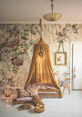 Wallpaper: Blossom from Mr Perswall Affärens allra käraste tält . Eller för all del även en sänghimmel. Och jag är förälskad i just...
