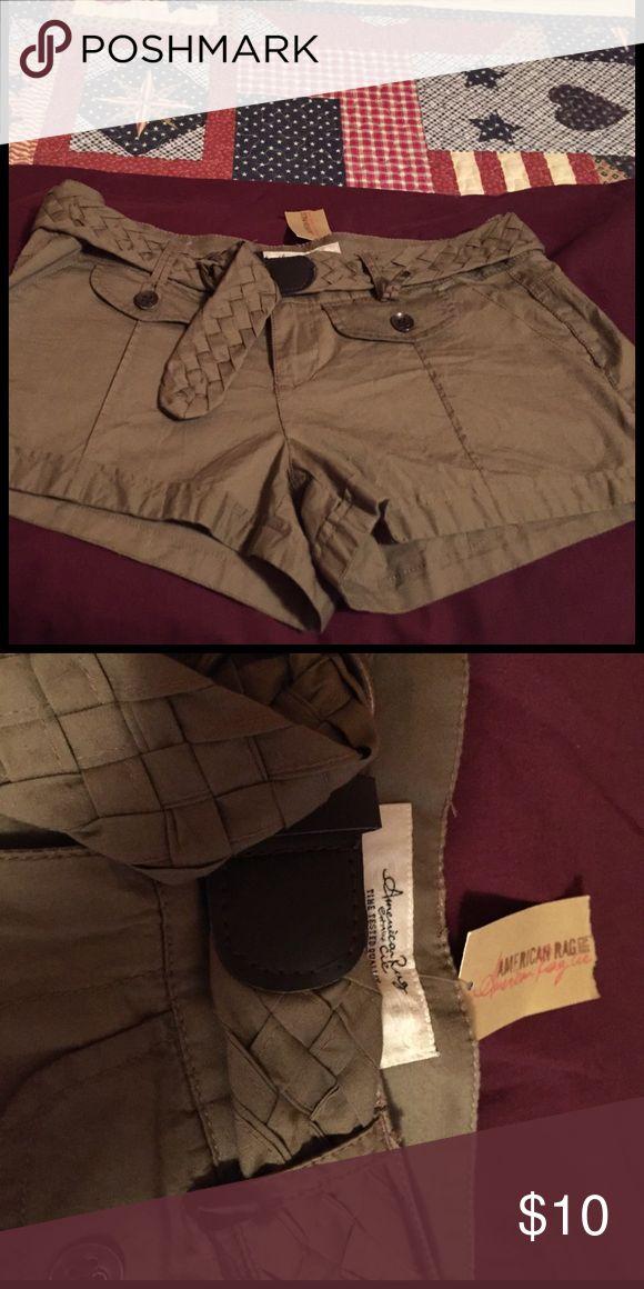 American rag shorts 💐💐 super cute brand new American rag shorts💐💐 American Rag Shorts