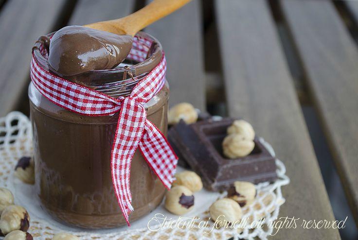 nutella fatta in casa senza olio di palma golosa con nocciole cioccolato ricetta crema alle nocciole spalmabile