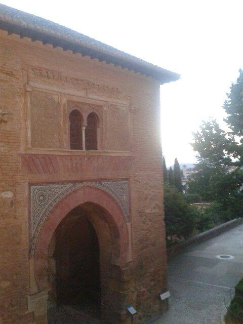 Puerta del vino. Granada