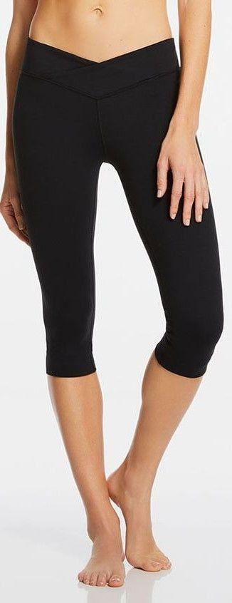 Fabletics black capri leggings