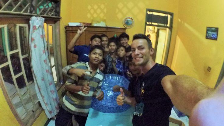 7. Автостопом с Бали в Германию 9-10 д   Индонезия, Джакарта - Cilegon