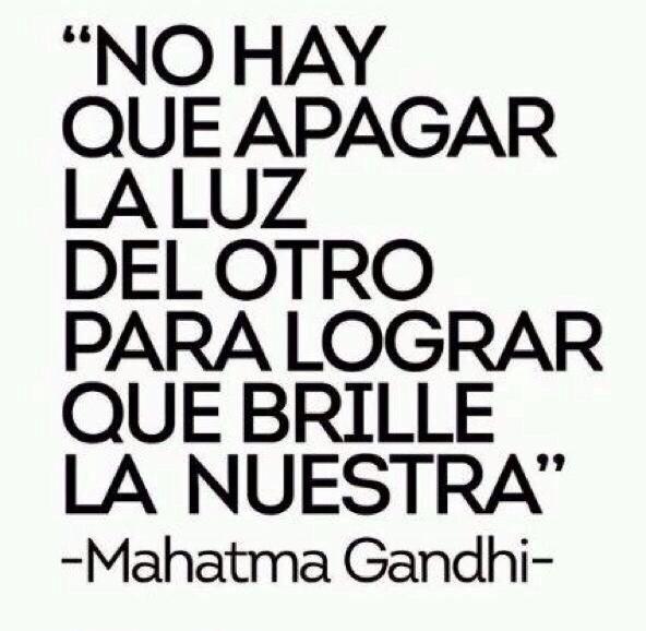 Gandhi, maestro de la vida,maestro de la paz✳