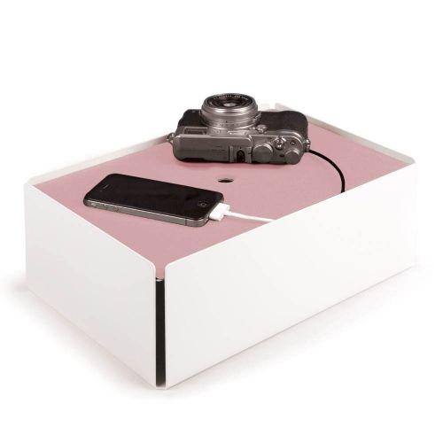 les 25 meilleures id es de la cat gorie range cable sur pinterest astuces pour ranger les. Black Bedroom Furniture Sets. Home Design Ideas