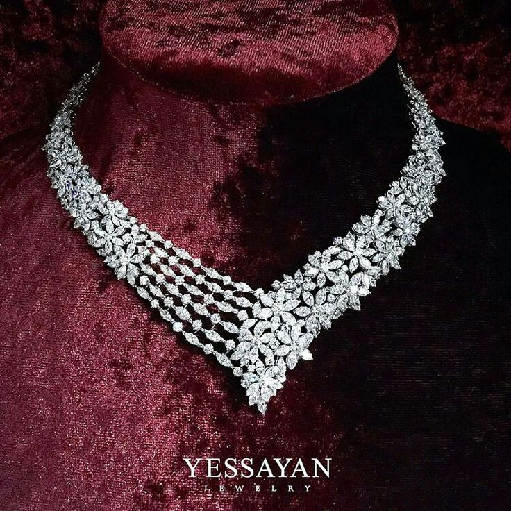 @yessayan. A Flower Field that Covers the neck in Diamonds #Yessayan #Necklace #Flowers #Diamond