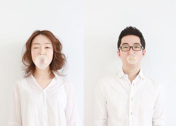Couple photo by. wooubi studio 커플 사진 _우유비 스튜디오 bubble gum concept pic