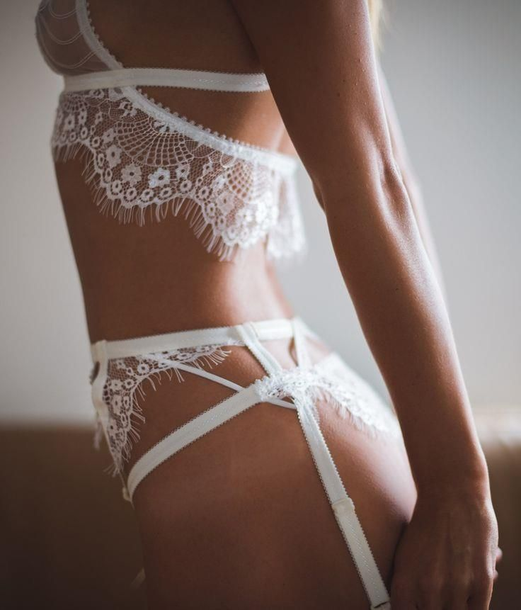 Perhaps the most bea Perhaps the most beautiful set of white lingerie we've ever seen! ~ Tisja Damen Lingerie ~ 'Fleurs du Mal' Collection ~ 'Drea