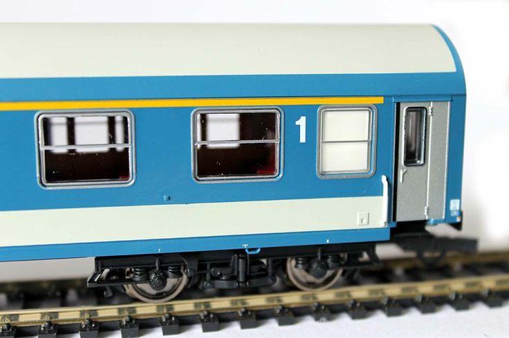 #Roco 64848 1. és 2. osztályú személykocsi modell