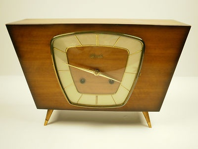 Outstanding Design Mid-Century Streamlined Hermle FHS Mechanical Mantle Clock