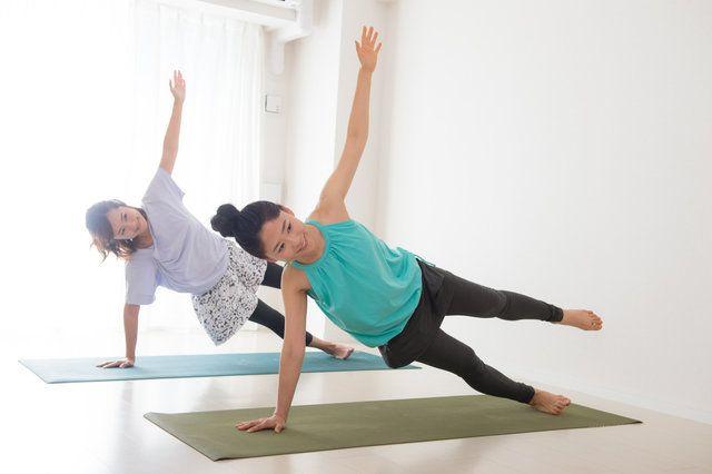 多くのメディアで取り上げられた体幹トレーニング。体幹を鍛えることで、たくさんのメリットがあるのはご存知でしたか?太りにくい身体作りや、骨盤がしっかり支えられるなど、女性にとって多くのメリットがあるんです♡