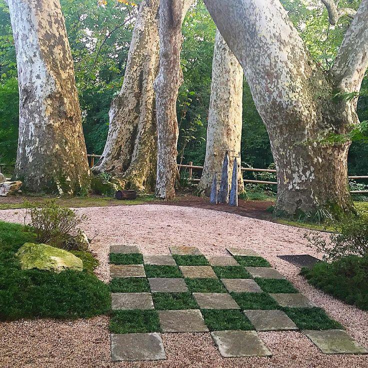 Japanese garden by Yasuo Kitayama and Kitayama Zouen, at Villa Erba #japanesegarden #yasuokitayama #kitayamazouen #zengardens #meditationplacesoftheworld #loveplants #lovenature #botanicalstory #placetobeseen #lagodicomo #instagarden #instagardenlovers #instacool #instagood #instalike @yasuokitayama @orticolariocomo