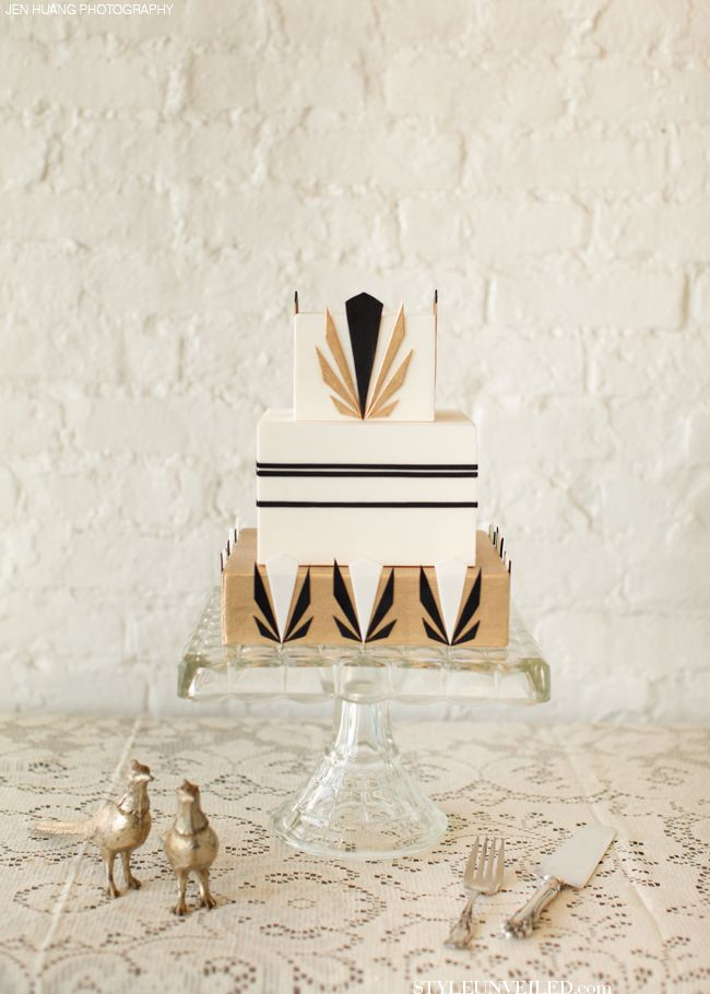 Art Deco Inspired Wedding Cakes / Great Gatsby Inspired Wedding Cakes / Style Unveiled