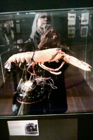 Dali Lobster phone