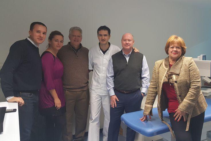 Predstavnici američke konzultantske kuće za zdravstveno osiguranje, Strongside Solutions, tijekom svog radnog posjeta Hrvatskoj posjetili su očnu Kliniku Svjetlost i pokazali velik interes za oftalmološke usluge u okviru zdravstvenog turizma.  http://svjetlost.hr/novosti/zdravstveni-turizam-u-fokusu-posjeta-americke-poslovne-delegacije/3733