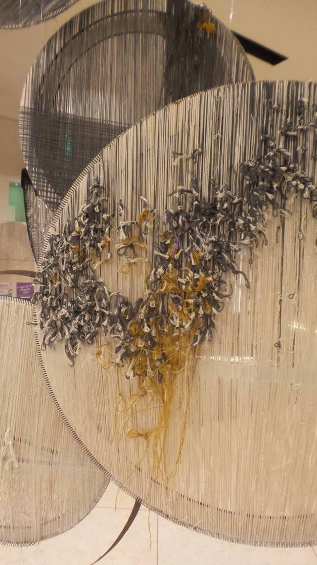 Installazione di Paulina Herrera per SheMakes al THotel di Cagliari