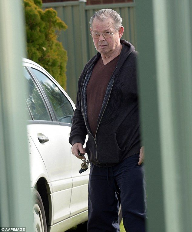 George Williams, father of Melbourne crime gang boss Carl Williams, pictured outside his home in 2015 following a non fatal drive by shooting