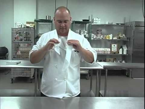The Chef's Academy: How to tie a neckerchief - YouTube
