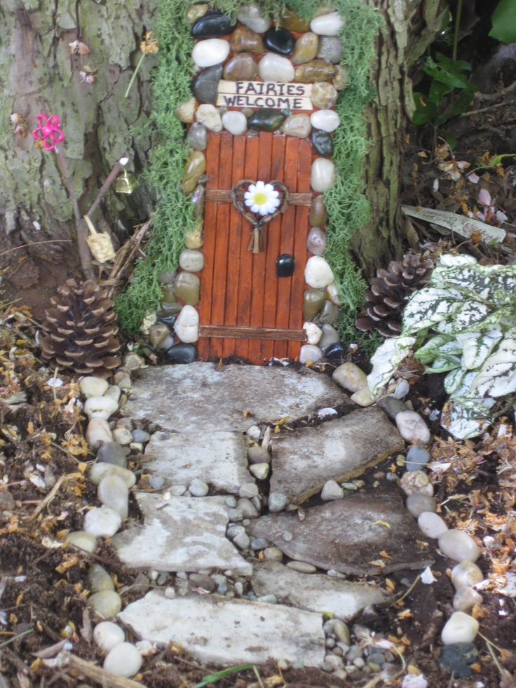 118 best images about fairy gardens on pinterest trees for Fairy doors for trees