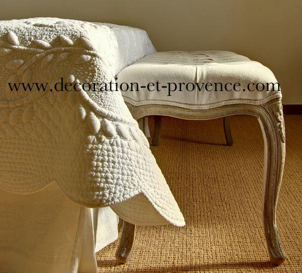les 25 meilleures id es de la cat gorie dessus de lit boutis sur pinterest sari de coton. Black Bedroom Furniture Sets. Home Design Ideas