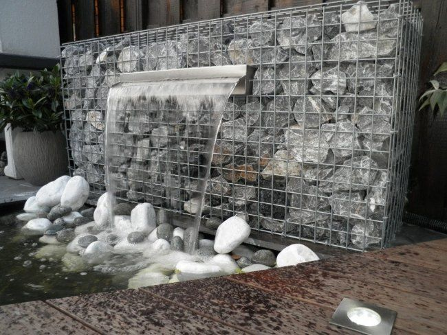 gabionenmauer bauen brunnen wasser funktion