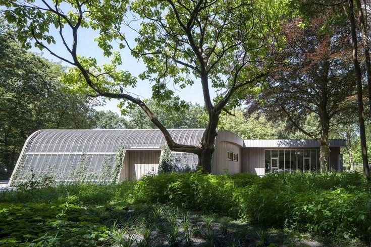 Gallery of Ambulance Station / het Architectenforum - 3