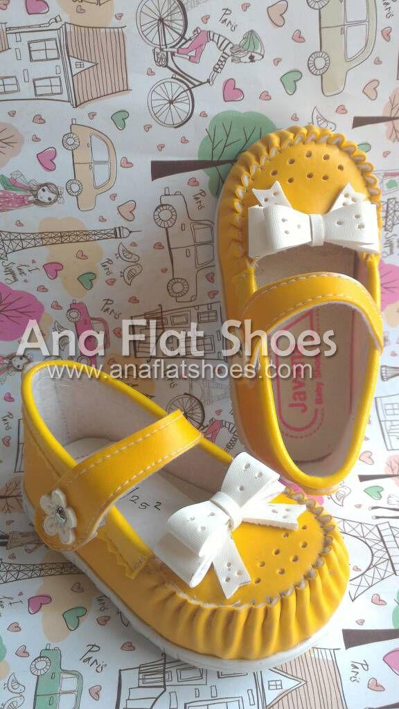 Sepatu Bayi Javana Pita Kuning