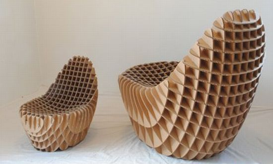 CARTON RECICLADO -  Egg crate style corrugated cardboard chair. It does look very comfortable.