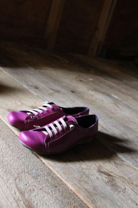 Ilo. Magentainen kirkas violetti. Pulpahtelevakin. #kuje #kesätennari #kivakuje