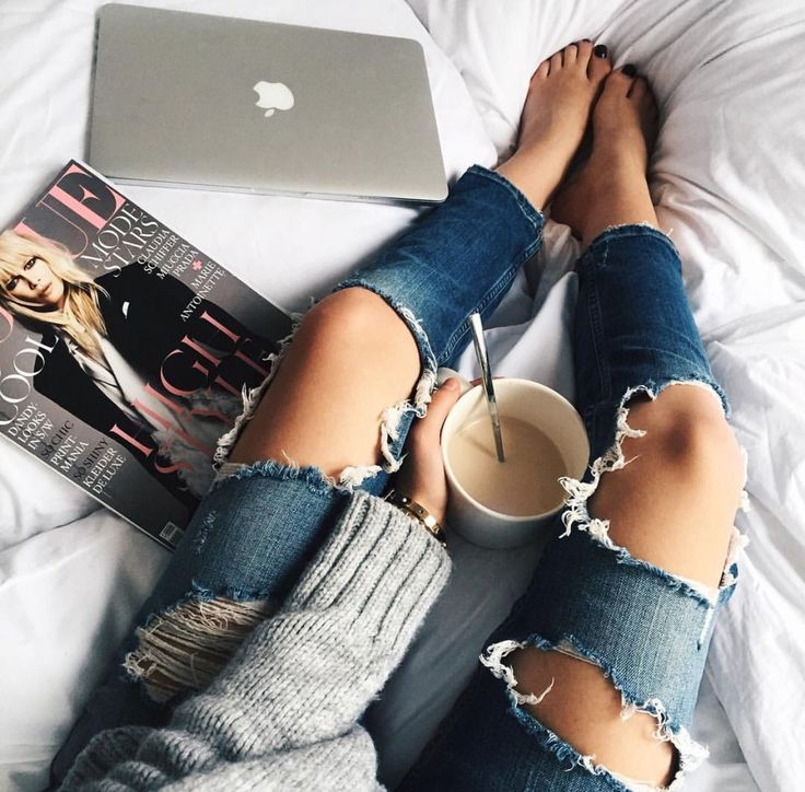 Ripped jeans chlothing