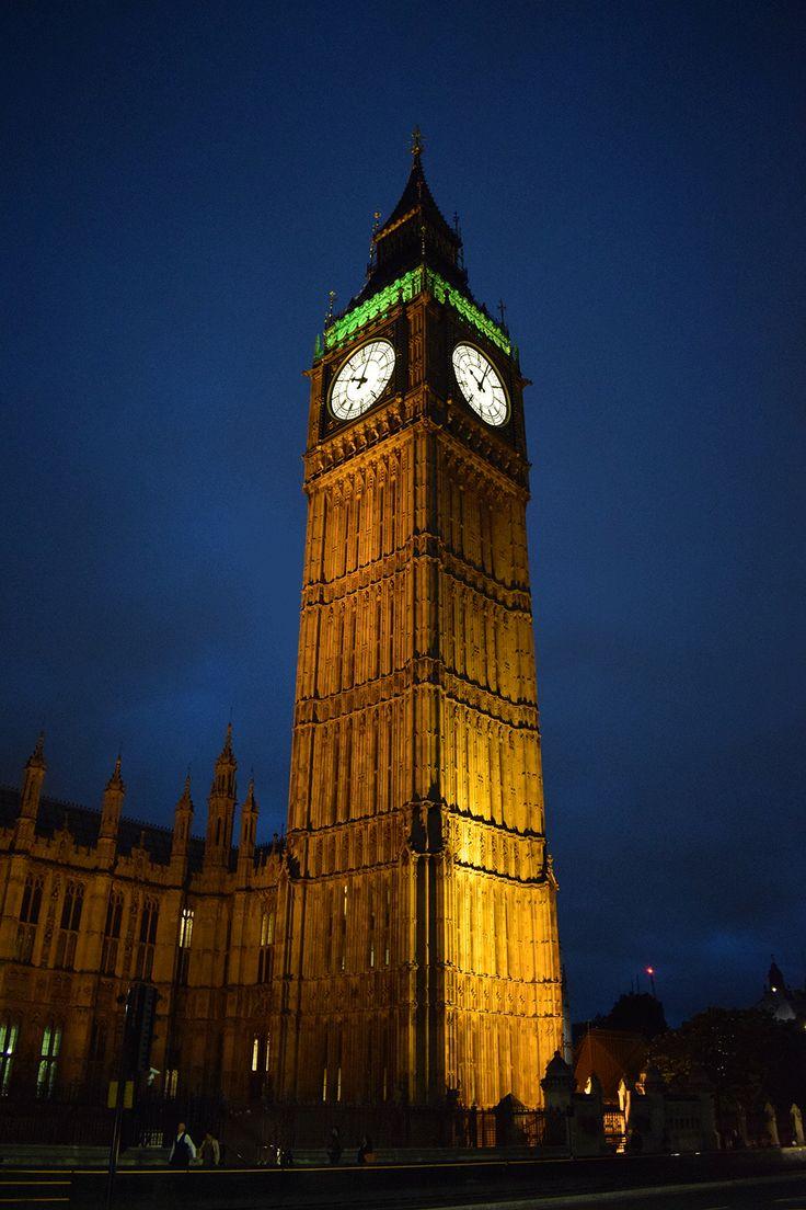 Londra Gezi Notları, Seyahat Rehberi, Londra Konaklama, Londra Ulaşım Rehberi, Londra Gezilecek Yerler, Londra Turist Haritası, Londra Alışveriş rehberi, Londra Yeme İçme Rehberi, Londra'da ne yenir, Londra'dan ne alınır, Londra ulaşım kartı oyster card, Londra ücretsiz müzeler, Londra havalimanı ulaşım, Londra hava durumu