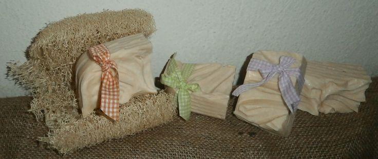 χειροποίητα σαπούνια ελαιολάδου, με αιθέριο έλαιο τεϊόδεντρου, για μαλλιά και σώμα